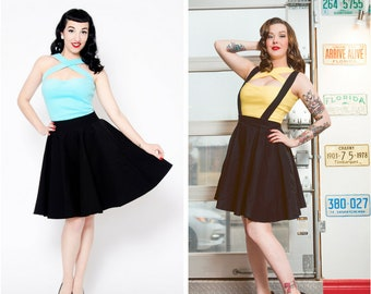 Full circle cute black retro skirt with removable straps and pockets