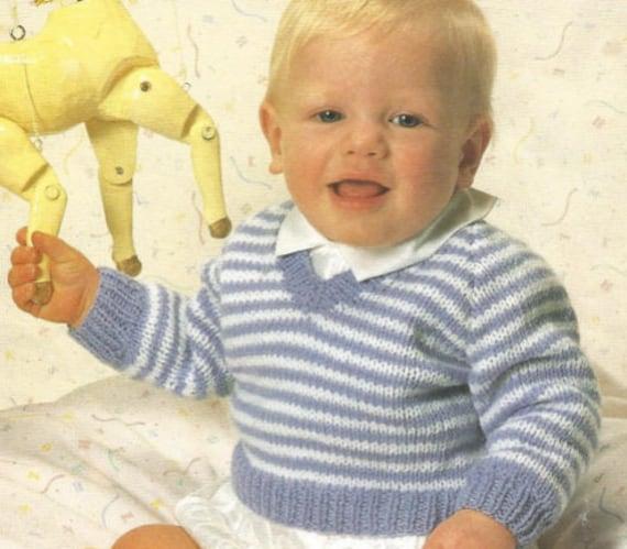 Veste à capuche ou col Baby Knitting Pattern Garçon Fille Aran col V Cardigan