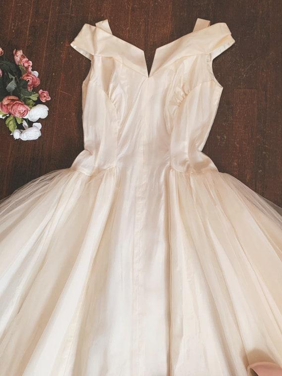 Vintage 1950s White Tulle Wedding/ Prom Dress size