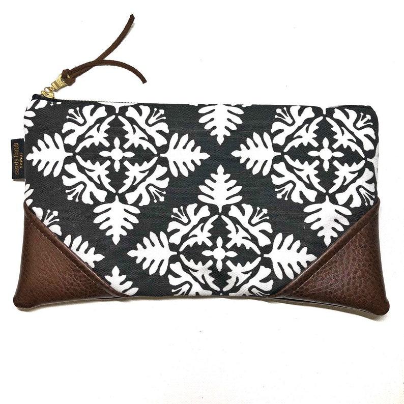 Large Black Hawaiian Quilt Zipper Pouch / Clutch with Zipper image 0