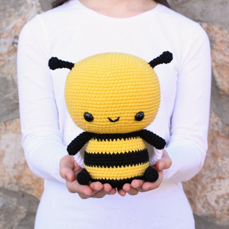 b2c3f36e30af13 PATTERN  Cuddle-Sized Bumble Bee Amigurumi Crocheted Honey
