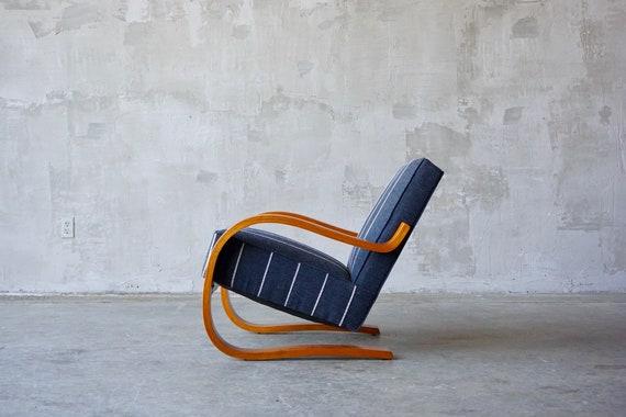 Alvar Aalto '402' Chair.