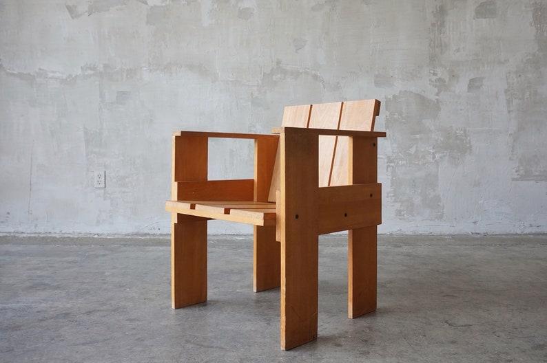 Peachy Gerrit Rietveld Crate Chair Download Free Architecture Designs Scobabritishbridgeorg