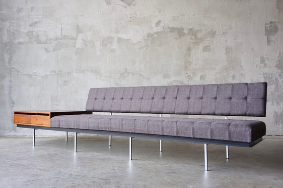 Florence Knoll Sofa With Cabinet