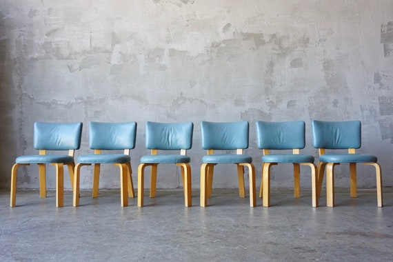Set of 6 Alvar Aalto Leather no. 62 Chairs