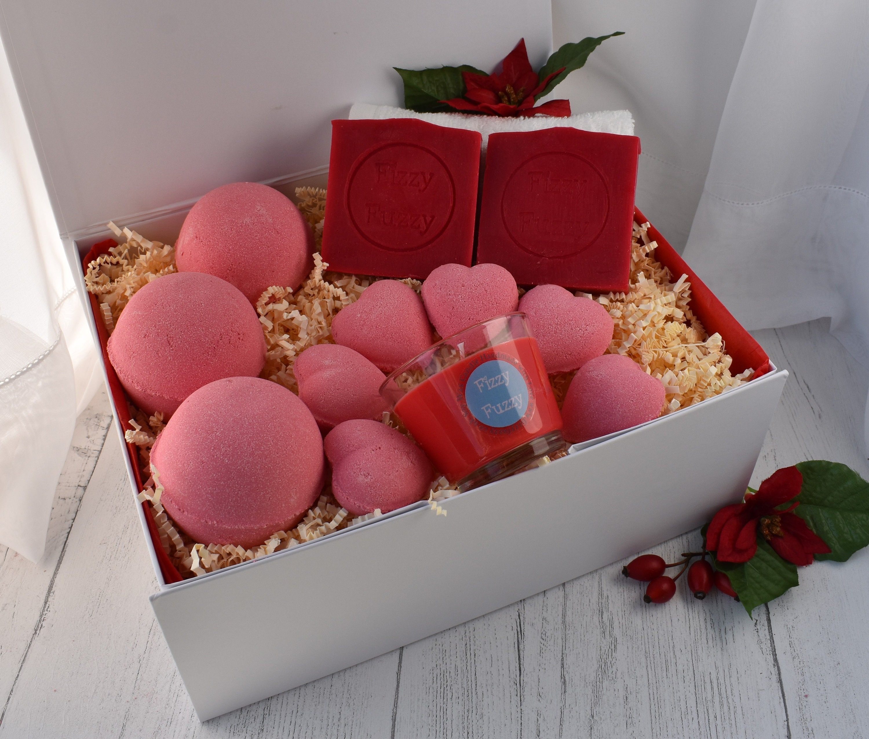 Luxury Soap Soy Wax Candles Bath Bombs Gift Set Box For Mum Friend Daughter Other Gift Party Supplies Home Garden