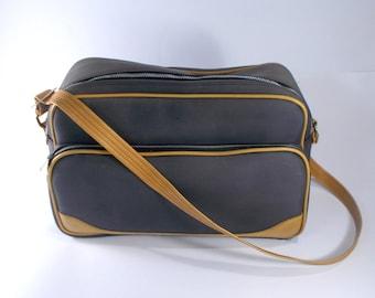ca56e7e3607b Vintage Sports bag Pale blue sport bag Three Star Gym bag Spacious small  travel bag Bowling bag Blue Vintage Shoulder bag from 70s T 023