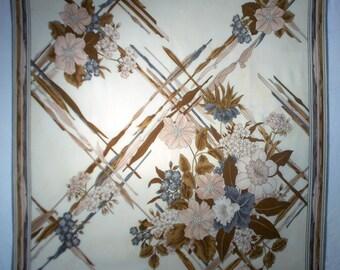 Brown beige vintage Vivienne silk bandana, large silk square scarf, silk scarf, 70s bandana, retro look (A045)