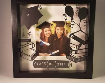 Graduation photo frame. Handcut paper frames your photo. Can be personalised!