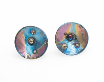 Mother of Pearl. Titanium Textured Circle Studs. Hypoallergenic. Bio compatible. Anodizing and Welding. Unique piece. Handcrafted in Finland