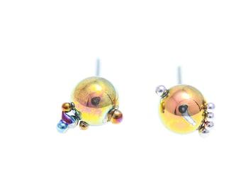 Amber & Gold Creatures. Titanium Ball Studs Earrings. Titanium Posts. 5 mm. Unique piece  Hypoallergenic. Bio compatible. Made In Finland