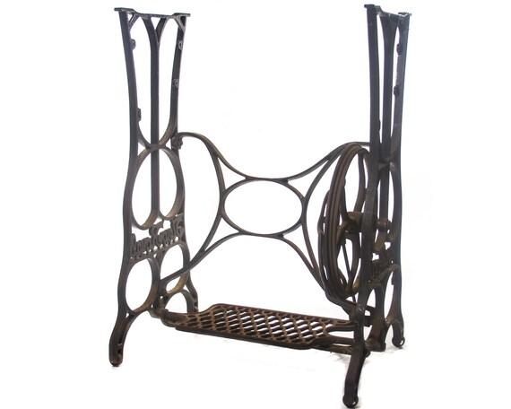 Antique Cast Iron Table Legs.Antique Sewing Machine Base Cast Iron Table Legs Vintage Ornate Victorian Farm House Antiques Rustic Home Decor Old Fashion Primitive Base