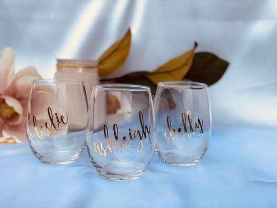 Set Of 12 Personalized Bridal Wedding Party Stemless Wine Etsy