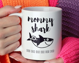 Mommy Shark Mug, Funny Shark Coffee Mug, Black and White Gift Idea under 20, Funny Gift For New Mom, Scandinavian Tea Mug
