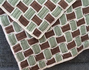 Baby Blanket/Crib Comforter/Handmade/Gift Idea/Crochet