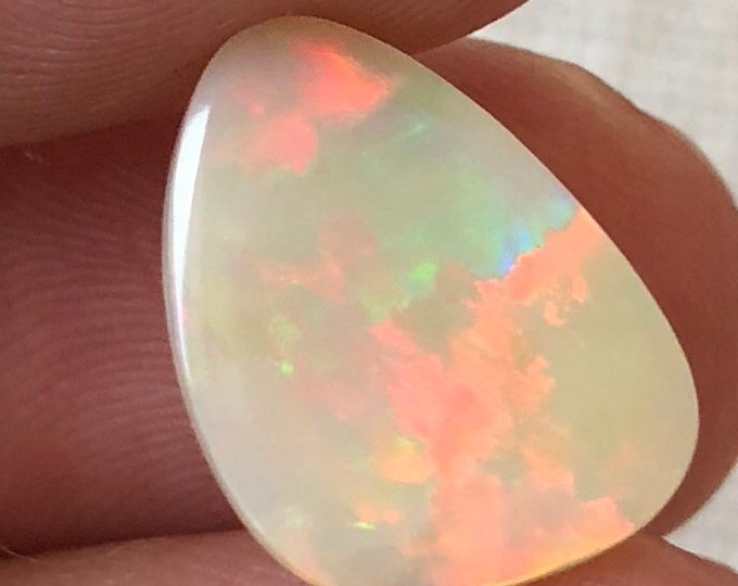 3.4ct Light Colored Opal