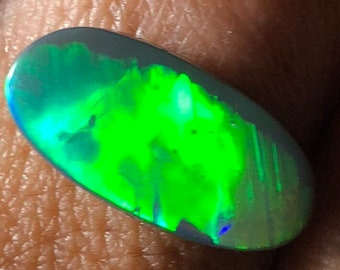4.15ct Black Australian Opal with Vibrant Green Flash