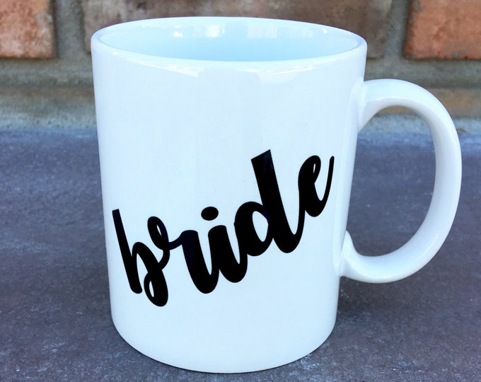 Bride Mug - Groom Mug - Mr and Mrs Mugs - Personalized Mugs - Wedding Mugs - Bride and Groom Mug Set - Gift Set