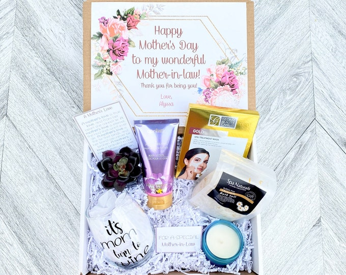Mother in Law Spa Gift Set - Pamper Yourself Spa gift box - Mother's Day Gift to Relax - It's Moms turn to Wine