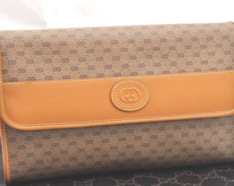 f62978dc964b Authentic GUCCI Large Leather Bag Brown GG. Classic Vintage Gucci Handbag  Purse. Snap Clutch Bag.