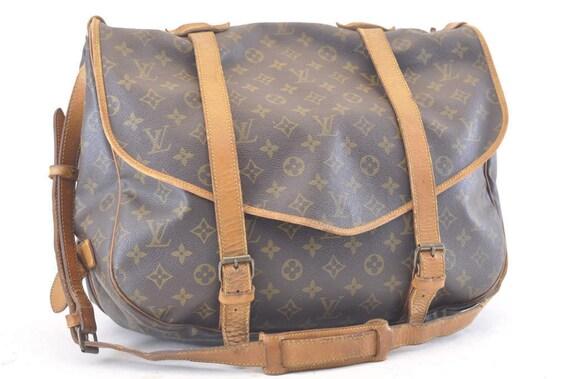Authentique Louis Vuitton Saumur 43 marron monogramme LV sac   Etsy f6edef4000f