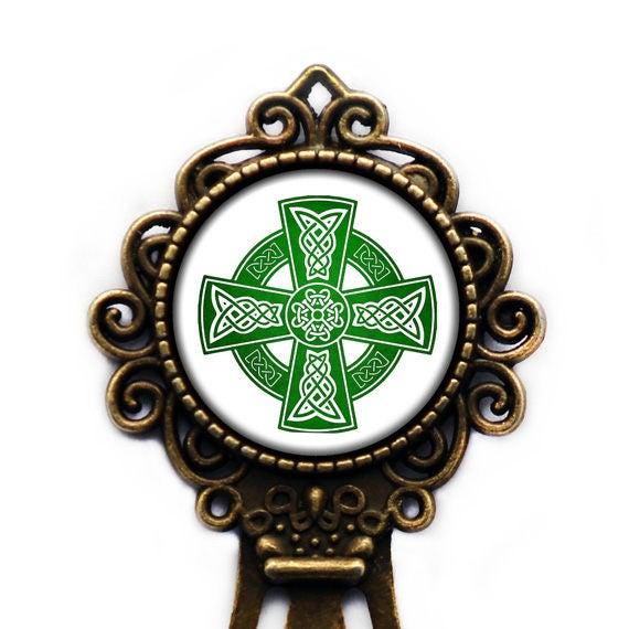 Keltisches Symbol Keltisches Kreuz Grün Auf Weiß Bronze Etsy