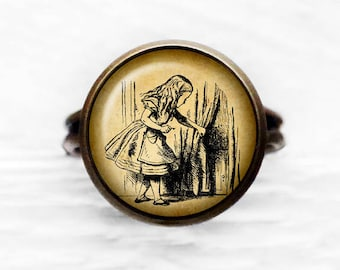 Alice in Wonderland Behind the Curtain Adjustable Ring