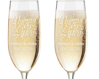 Personalized Wedding Flutes,  2 Toasting Flutes, Engraved Wedding Flute,  Toasting Flutes, Toasting Champagne Flutes, Happily Ever After