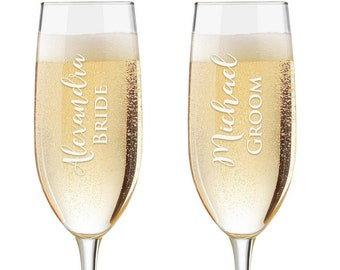 Personalized Wedding Flutes,  2 Toasting Flutes, Engraved Wedding Flute,  Bride and Groom Toasting Flutes,  Toasting Champagne Flutes