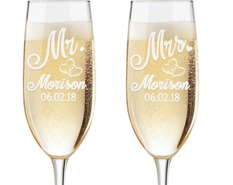 Personalized Wedding Flutes,  2 Toasting Flutes, Engraved Wedding Flute,  Mr. Mrs. Toasting Flutes,  Double Hearts Toasting Champagne Flutes