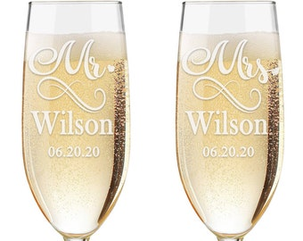 Set of 2 - Personalized Toasting Glasses | Wedding Toasting Flutes | Personalized Toasting Flutes | Personalized Wedding Glasses
