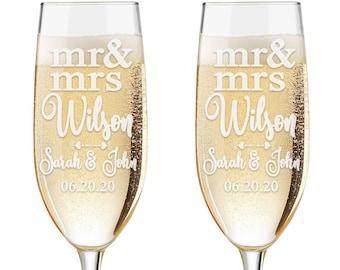 Set of 2 - Personalized Toasting Glasses | Wedding Toasting Flutes | Personalized Toasting Flutes | Personalized Wedding Glasses | Name