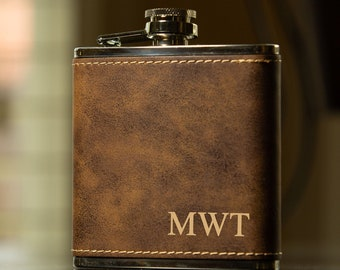 Groomsmen Gift, Personalized Flask Set for Men- Rustic Brown Leather Hip Flask, Best Man Flask, Monogrammed Groomsman Flask