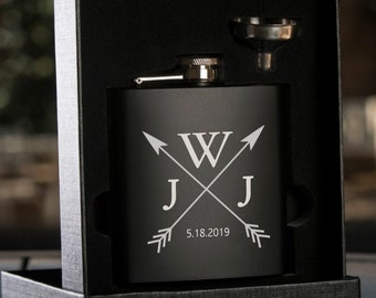 Personalized Black Hip Flask with Funnel In Gift Box,Engraved Flask, Flask with Funnel, Crossed Arrow Monogram, Groom Gift, Bride Gift