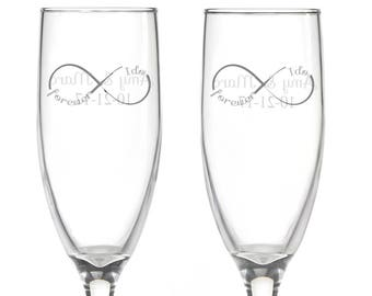 Personalized Wedding Flutes,   2 Toasting Flutes, Engraved Wedding Flute,  I Do Infinity Toasting Flutes,  Bride & Groom Champagne Flutes