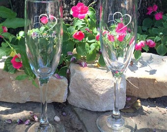 Personalized 50th Wedding Anniversary Flutes,   2 Toasting Flutes, Engraved Wedding Flute,  Double Hearts Wedding Flutes,  Champagne Flutes