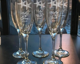 6 Starfish Bridal Party Toastings Flutes, Bridal Party Toasting Flutes Set, Engraved Wedding Party Flutes,  Bridal Party Champagne Flutes