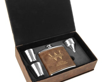 Groomsmen Leather Flask | Personalized Engraved Box Set | Best Man | Bridesmaid | Bachelor Party | Proposal | Wedding Favors | Rustic