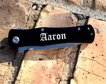 Groomsmen Knife - Personalized 4 1/2 inch Black Anodized Stainless Steel Handle Pocket Hunting Knife - Great Groomsman Gift Idea - Christmas