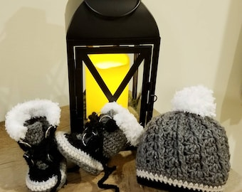 Crochet snow boot and hat gift set. Perfect baby announcement, shower gift, cold weather accessory.