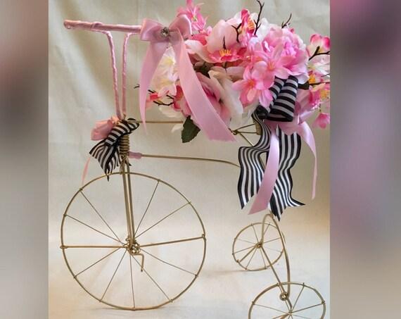 WIRE TRICYCLE CENTERPIECE, 1st Birthday Centerpiece, Paris Theme Centerpiece, Parisian Bridal Shower Centerpiece, Baby Shower Centerpiece