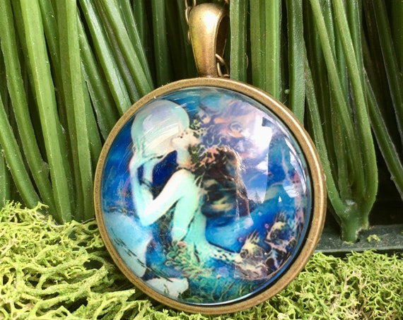 MERMAID GODDESS NECKLACE, Mermaid Necklace, Mermaid Lovers Gift, Under the Sea Necklace, Blue Mermaid Necklace, Mermaid Theme Party Favors