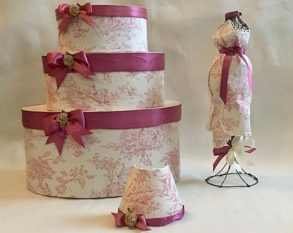 PREGNANT DRESS FORM, Baby Shower Centerpiece, Mother to be Gift, Baby Shower Gift, Hat Box Centerpiece, Girl Baby Shower Decor, Baby Shower