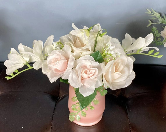 ROSE GOLD CENTERPIECE, Blush Centerpiece, Communion Centerpiece, Wedding Centerpiece, Bridal Shower Centerpiece, Sweet 16 Centerpiece