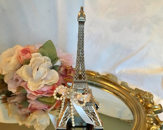 Eiffel tower centerpiece, Parisian theme decor, french inspired centerpiece, paris theme wedding, paris theme b'day, paris wedding decor