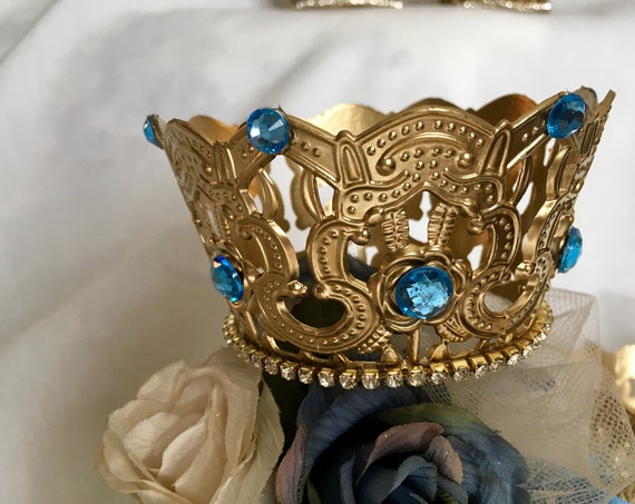 crowns, crown cake topper, crown centerpiece, royal wedding decor, cinderella decorations, cinderella centerpieces, princess party, prince