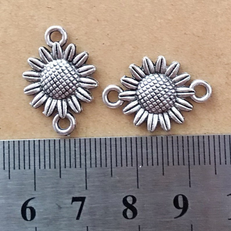 30PCS or 80PCS Jewelry DIY Supplies ---15X22mm JHS948-WW196 Antique Silver SUNFLOWER Connector Charm