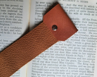 Plain leather bookmark, upcycled brown leather, page marker, gift for reader