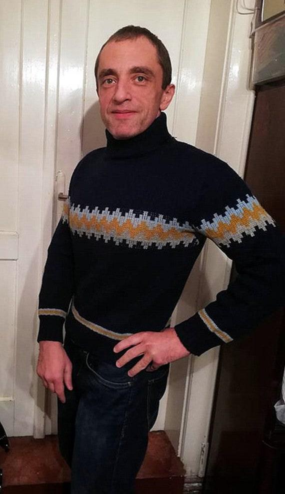 Vintage 90s Mens Sweater . 1990s Grunge Knit Jumper Warm  f921c84e2