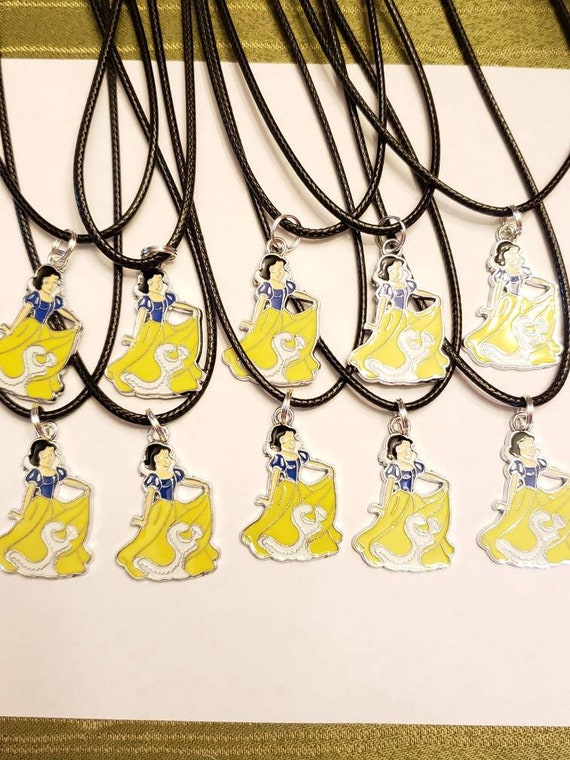 Ballet Lot of 10 Party Favors Necklaces   Ballerinas Ballet Dance Awards Prizes free shipping